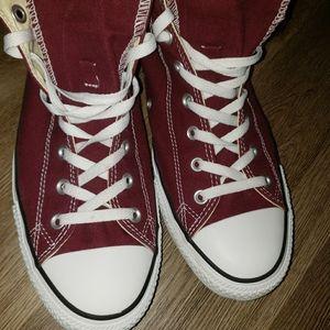 Converse burgundy chuck taylors size 13